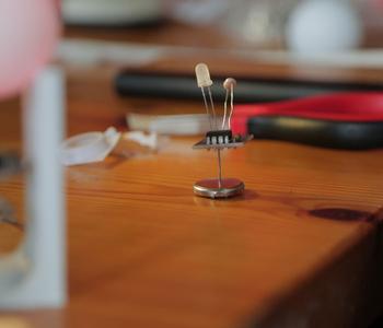 Foto de Fireflies: Nature meets technology