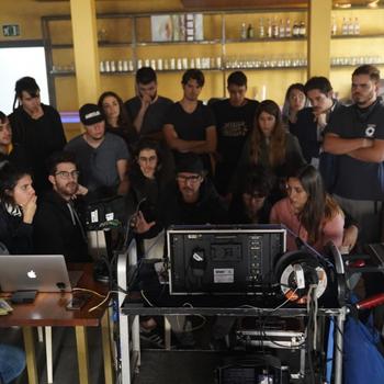 Quique López imparte un seminario de dirección de fotografía en la ERAM